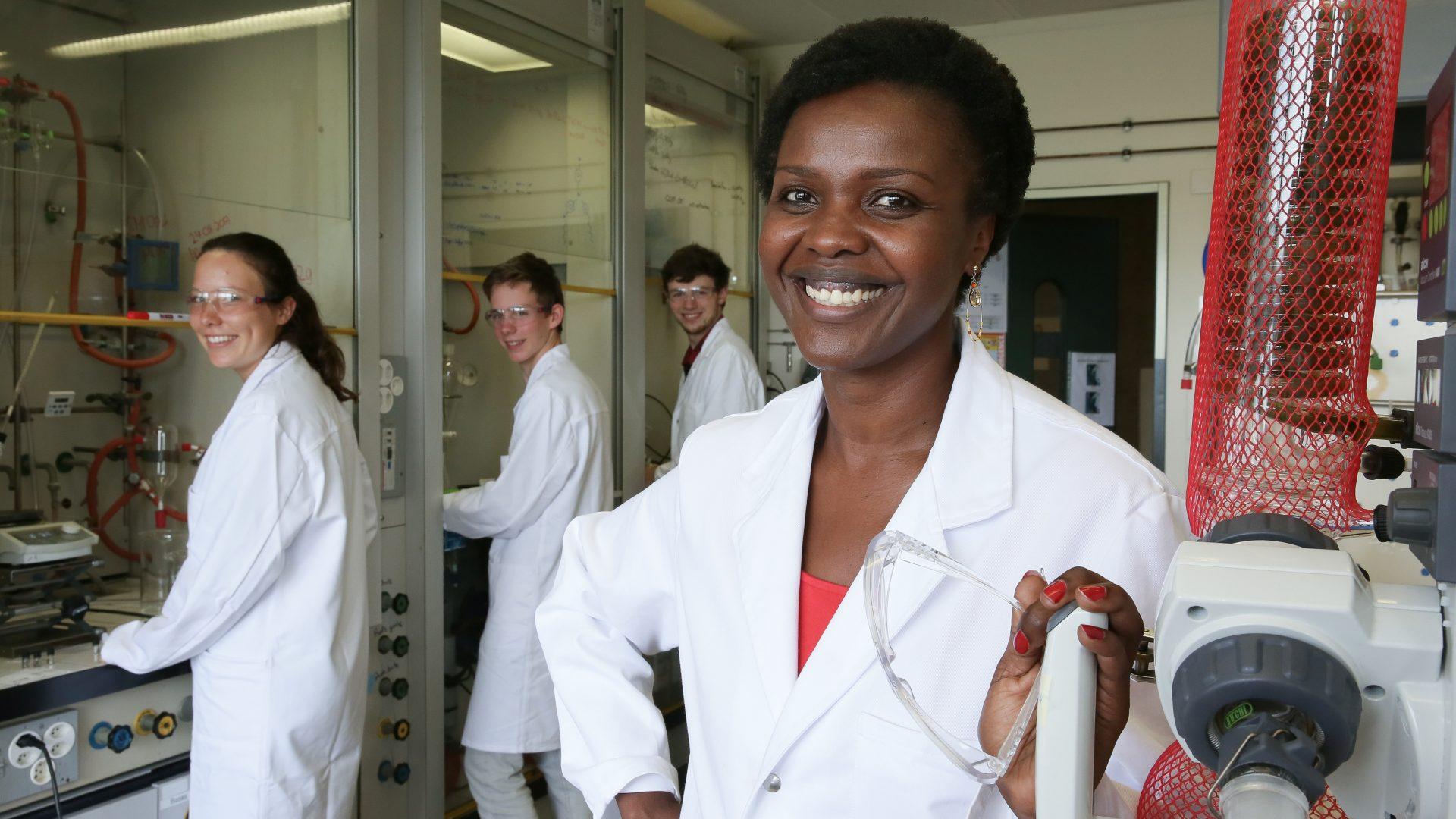 Portrait de Céline Henzelin, au Laboratoire Ecole Apprentis