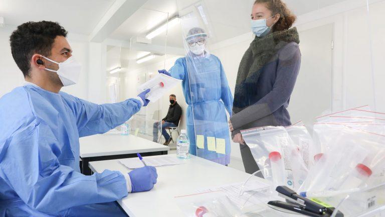Centre de dépistage EPFL, Ecublens © Alain Herzog / EPFL 2020