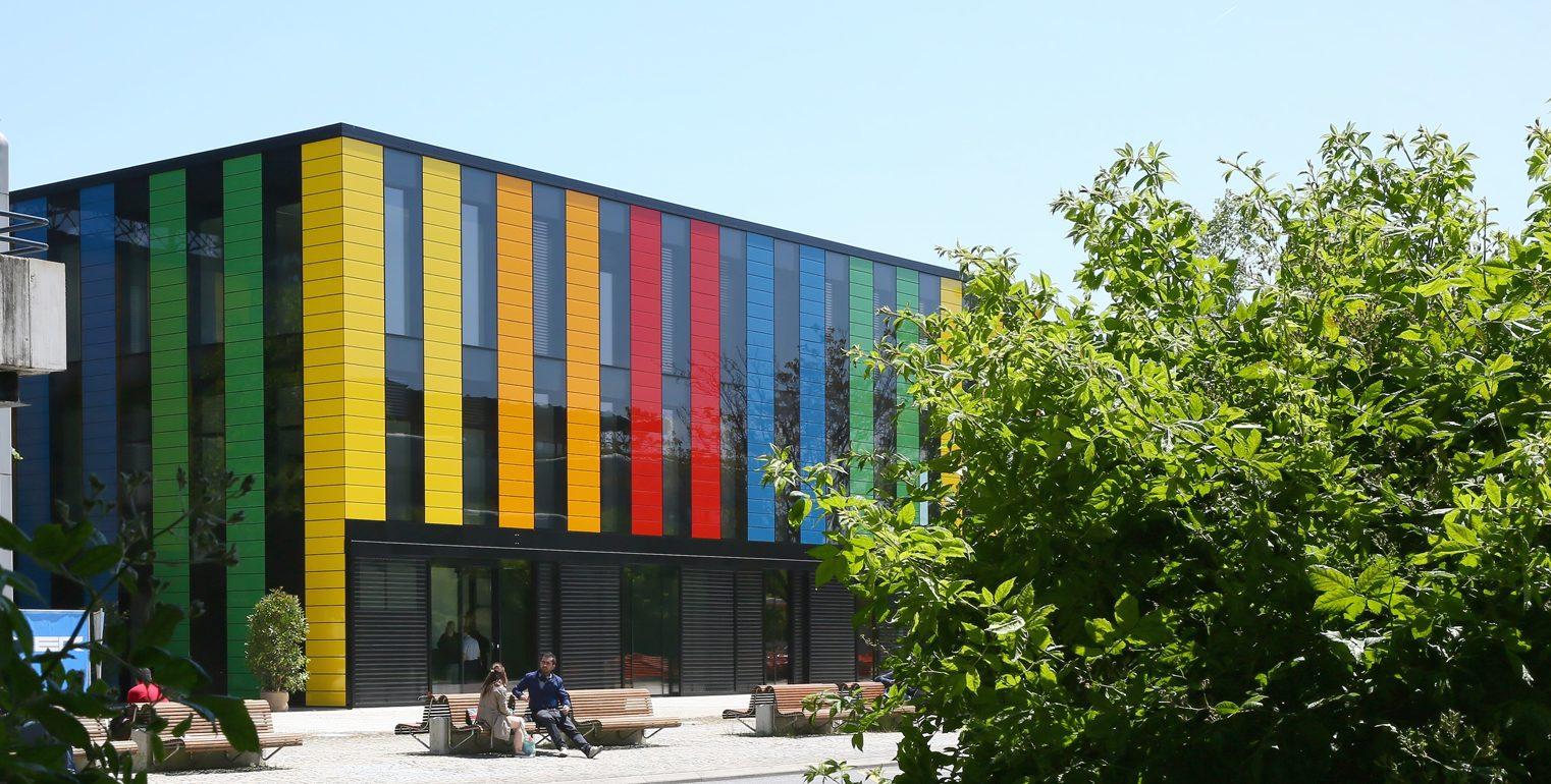 rencontre bi gay community center a Maisons-Alfort