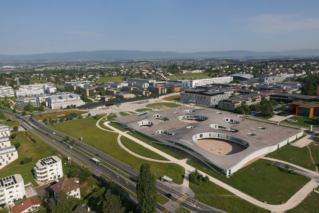 Rolex Learning Center building from above