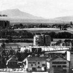 Le gabarit du volume de l'école représenté sur le photomontage de l'EPFL pour contrer celui des opposants. Les constructions sont plus basses que le sommet de l'église du Motty.