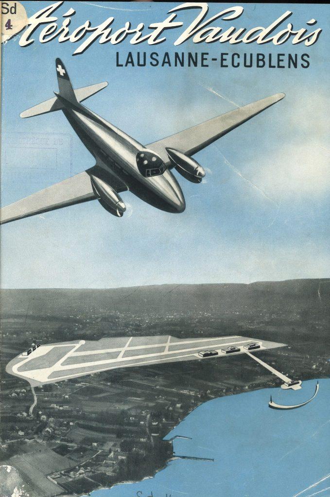 L'aéroport se trouvant proche du lac permet aussi aux hydravions d'amerrir.