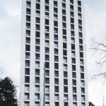 Façade ouest du Foyer des infirmières à Zurich. Alternance de travées de plein et de vides (les fenêtres).
