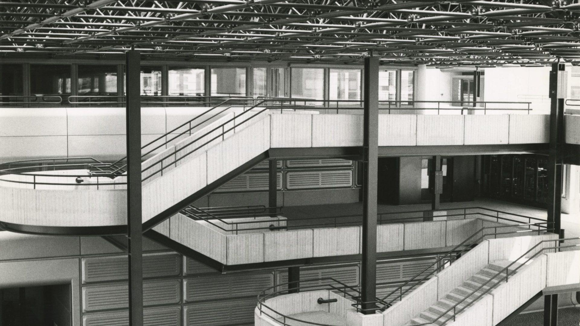 Vue de l'ancienne entrée principale de l'EPFL.