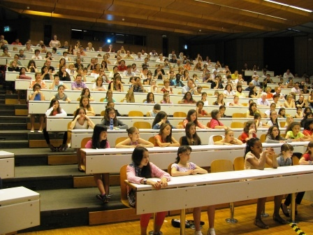 Remise d'attestation Internet pour les filles