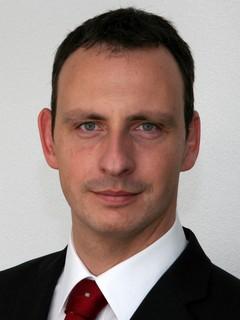 Dr. T. Estier