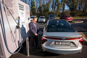 Hydrogen vehicles launched in the race for the climate