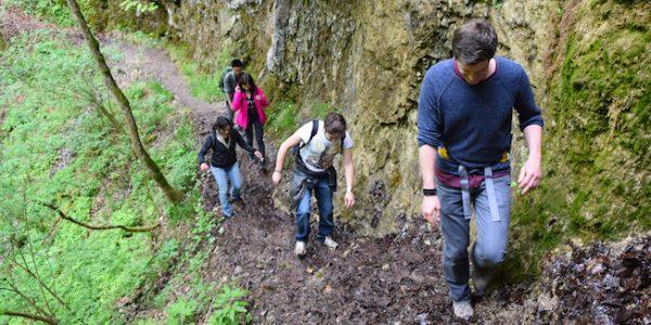 04-LNB-hiking-May-2016