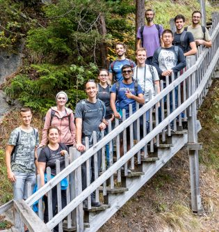 Group hike Gorges du Dailley