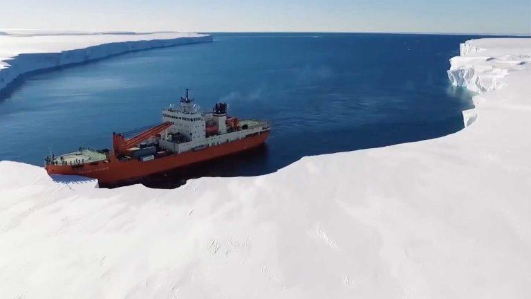 bateau-banquise