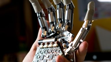 Prosthetic hand feels objects