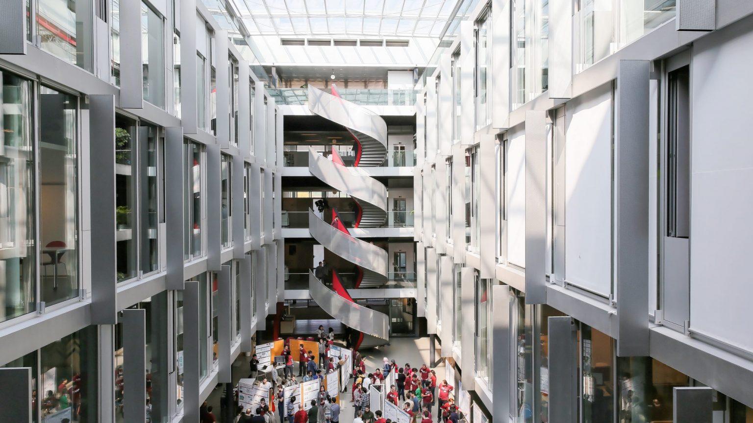Intérieur du bâtiment BC © Alain Herzog / EPFL, 2019