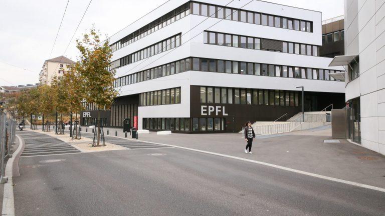 Extérieur de l'immeuble Microcity, à Neuchâtel.