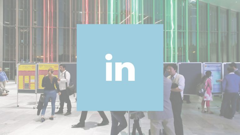Logo de LinkedIn avec une vue de l'EPFL